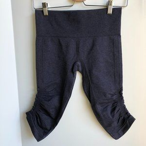 Lululemon In The Flow Crop Pants in Heathered Blue Size 6